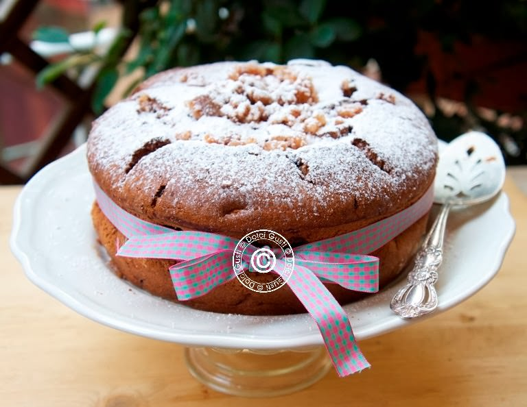 Torte Da Credenza Al Cioccolato : Ciambella all arancia e gocce di cioccolato golose ricette